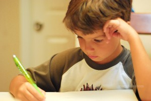 kid_studying_mamitalks